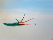 三色箭头飞行表演 Tirrenia,比萨,意大利, 2 9月11日, 库存照片