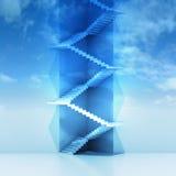 三角楼梯垂直的建筑在天空背景中 库存照片