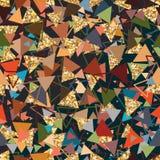 三角金黄闪烁疯狂的无缝的样式 皇族释放例证