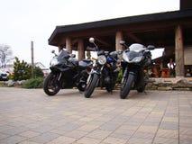三辆摩托车体育自行车 免版税库存照片