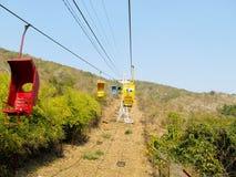 三通客舱的红色绳索 免版税库存图片