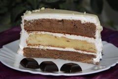 三-夹心蛋糕 库存图片