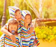 三滑稽的孩子 库存照片