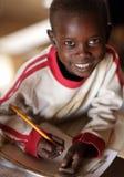 上一所社区小学的Maasai学生在一个遥远的Maasai村庄,肯尼亚 库存照片