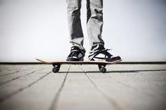 上他的溜冰者 免版税库存照片