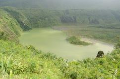 登上加隆贡火山 库存照片