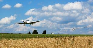 上升的滑翔机  免版税图库摄影