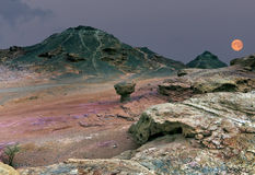 上升超月亮在地质Timna公园 免版税库存照片