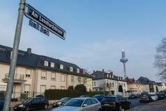 上午Leonhardsbrunn街电视塔在法兰克福德国 免版税库存照片