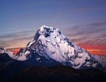 登上南的安纳布尔纳峰,尼泊尔喜马拉雅山 库存照片