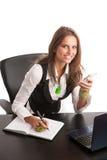 上司-工作在办公室的Preety企业secretarry妇女是 库存图片