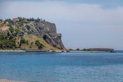 登上和Santuario della玛丹娜del Mare我们的海博瓦马里纳,卡拉布里亚,意大利的夫人Sanctuary  免版税库存照片