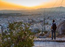 上城夜视图从Lykavittos小山,雅典,希腊的 库存照片