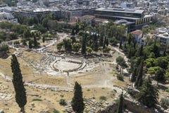 从上城小山的古老圆形露天剧场视图 免版税库存照片