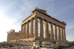 上城的,雅典,希腊帕台农神庙 它是雅典的一个主要旅游胜地 雅典古希腊建筑学在夏天 免版税库存图片
