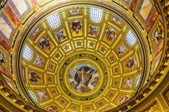 上帝基督圆顶圣徒斯蒂芬斯大教堂布达佩斯匈牙利 免版税库存照片