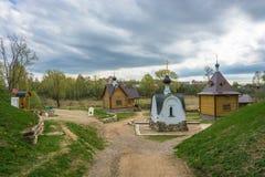 上帝的母亲的Tikhvin象的圣洁春天sp的 免版税库存照片