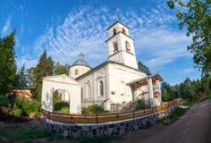 上帝的母亲的Tikhvin象的教会 库存照片