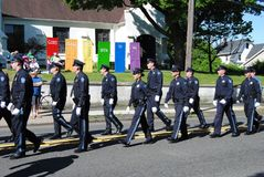 上帝的门对所有,警察走在一次阵亡将士纪念日游行的,拉塞福,NJ,美国开放 库存照片