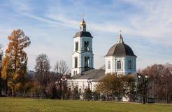 上帝`给与生命春天`的母亲的象的教会在Tsaritsyno, 免版税库存图片