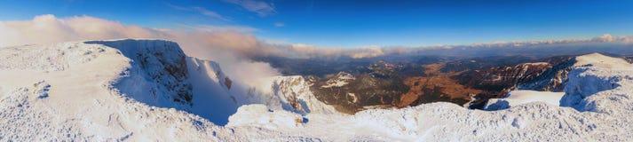 从登上施内山上面的全景  免版税图库摄影