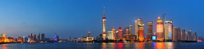 上海在晚上 库存照片