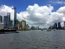 上海场面河天蓝色 库存图片