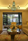 上海工人阶级时兴的客厅 免版税库存照片