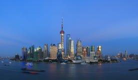 上海浦东lujiazui夜场面 免版税库存图片