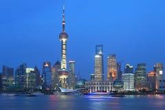 上海浦东lujiazui晚上场面 库存图片