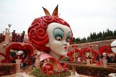 上海迪斯尼世界的红色女王/王后 库存图片
