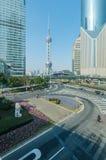 上海,中国- 2016年12月31日:与Ori的上海都市风景 图库摄影