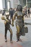 上海, CHINA-15 OKT.2013古铜雕象 免版税库存照片
