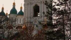 上生大教堂在阿斯特拉罕俄罗斯 股票视频