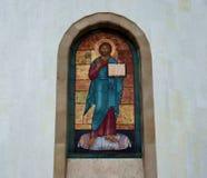 上生大教堂的正统象在Zvenigorod 库存照片
