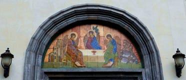 上生大教堂的正统象在Zvenigorod 图库摄影