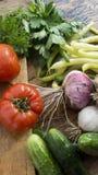 上砍木的蔬菜 库存图片