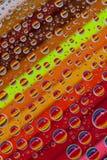 上色与下落的抽象被设置的背景和铅笔 库存图片