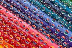 上色与下落的抽象被设置的背景和铅笔 库存照片