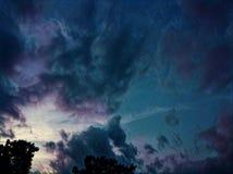 上色天空 免版税图库摄影