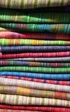 上色织品彩虹 库存照片