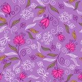 上色花卉模式紫色无缝 免版税库存照片