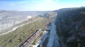 上部在铁路的看法空的货车在石棉猎物 股票录像