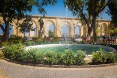 上部Barrakka庭院在瓦莱塔马耳他 免版税库存图片