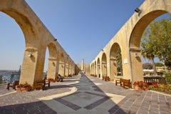 上部Barrakka庭院在瓦莱塔,马耳他。 免版税库存图片