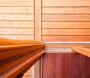 从上面打开对木甲板的玻璃滑子门 免版税库存图片