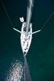 从上面的游艇 免版税库存照片
