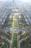 从上面的艾菲尔铁塔公园 库存图片