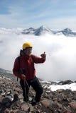 上面的远足者 免版税库存照片