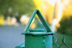 上面篱芭,在三角的三角好的宏观照片, 库存图片